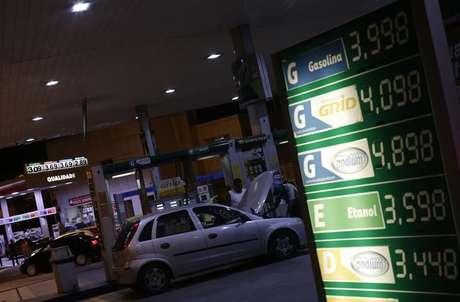 Resultado de imagem para Preços da gasolina e do diesel sobem hoje nas refinarias