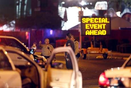 O agressor cometeu suicídio assim que os agentes policiais chegaram em seu quarto, no 32º andar do cassino Mandalay Bay.