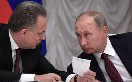 Presidente da Rússia admite atrasos em obras de estádios para Copa