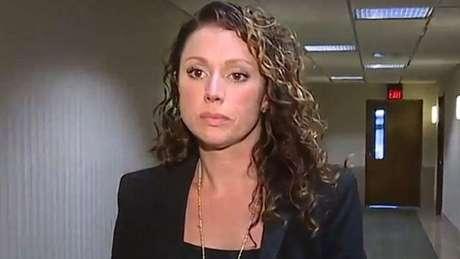Rebecca Bredow se recusou a cumprir ordem judicial para vacinar filho de nove anos