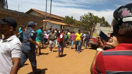 Segurança de creche ateia fogo e mata 4 crianças em Minas Gerais