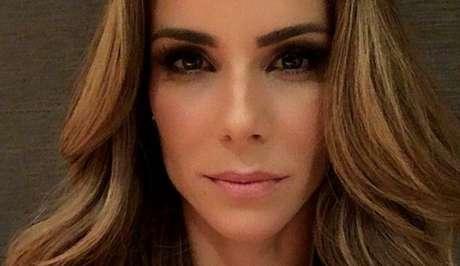 Ana Furtado, que substitui Fátima Bernardes no programa, condenou o massacre das crianças.