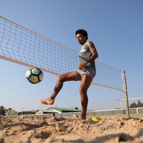Após três meses de cirurgia no joelho esquerdo, Osman evolui em sua recuperação (Foto: Sirli Freitas/Chapecoense)