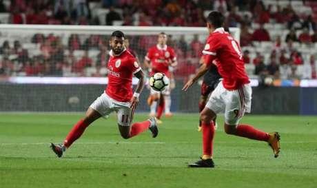 Gabigol em ação pelo Benfica (Foto: Reprodução/Twitter)