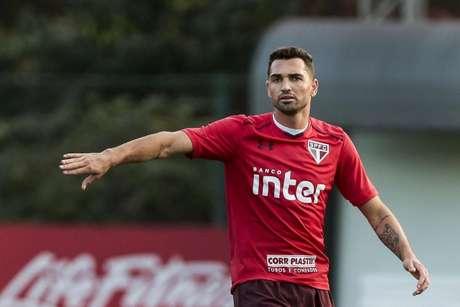 Gilberto tem contrato até dezembro e seu empresário já descartou a renovação (Foto: Ale Cabral/AGIF)