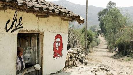 O povoado de Vallegrande, na Bolívia, onde Che Guevara ficou enterrado por 30 anos