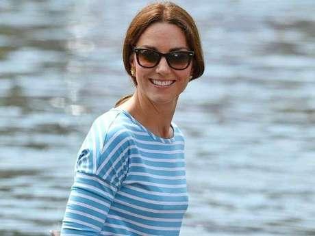 Kate Middleton faz primeira aparição pública desde anúncio de gravidez