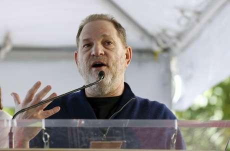 Weinstein fala durante evento em Hollywood  26/2/2016   REUTERS/Mario Anzuoni