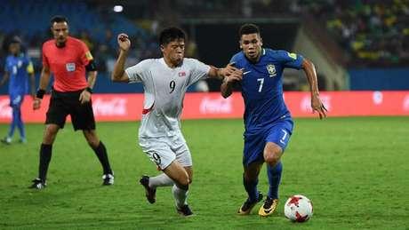 Paulinho marcou seu segundo gol na competição (Foto: Reprodução / Twitter)