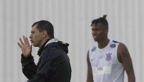 Sob o comando de Carille no Corinthians, Jô já tem 20 gols marcados nesta temporada (Foto: Daniel Augusto Jr)