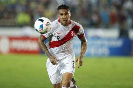Conhecido da torcida brasileira por suas atuações pelo Corinthians e Flamengo, Guerrero é uma das apostas do Peru para a decisiva partida contra a Colômbia, nesta terça-feira, nas Eliminatórias.