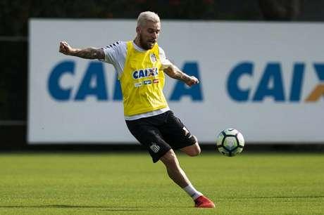 Lucas Lima retorna ao Santos após quatro jogos fora (Foto: Ivan Storti)