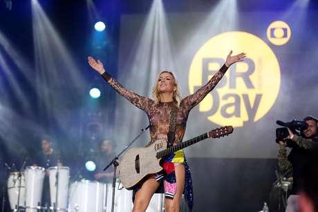 Claudia Leitte participou do Brazilian Day, em Nova York