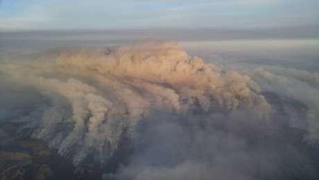 Fumaça dos incêndios florestais é vista em Sonoma Valley, Califórnia