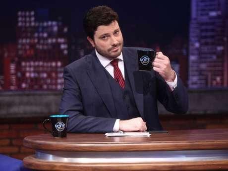 Danilo Gentili rebateu as críticas após ser acusado de dar bebida álcoolica para Maisa Silva no 'The Noite'