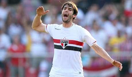 Kaká esteve no São Paulo em 2014 e foi vice-campeão brasileiro