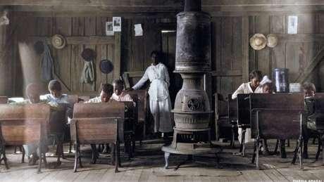 Escola para negros em Anthoston, no Estado de Kentucky (EUA), em 1916