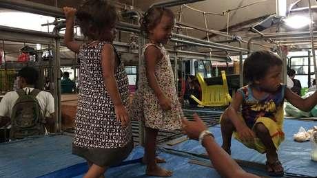Em um grupo de 44 pessoas em uma comunidade em Belém, 23 eram crianças