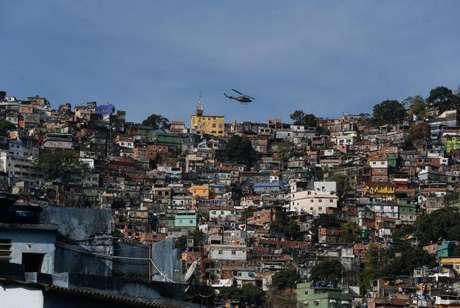 Rio de Janeiro - Crime organizado disputa territórios em comunidades no Rio de Janeiro. Governo teme envolvimento de milícias e traficantes no processo eleitoral