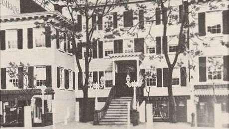 Clube dos Treze começou com reuniões nesta casa em Manhattan (Crédito: Reprodução)