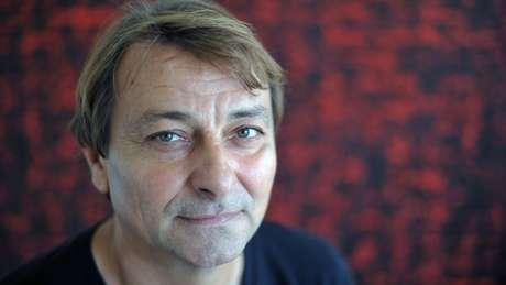 Battisti foi condenado à prisão perpétua na Itália sob a acusação de cometer quatro assassinatos. Ele nega crimes