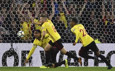 Arsenal decepciona e perde de virada para o Watford pelo Inglês