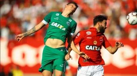 Vila Nova e Goiás ficaram no empate sem gols no Serra Dourada (Foto: O Popular)
