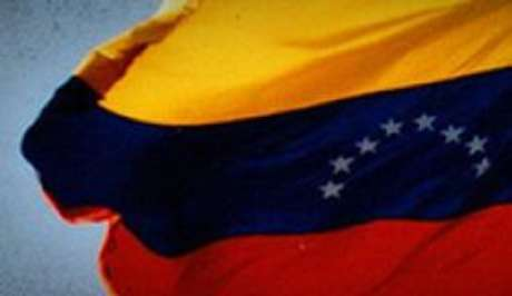 Chavismo elege 17 entre 23 governadores na Venezuela