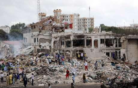 Local da explosão ficou completamente destruído.