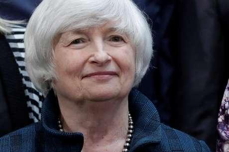 Preferência de Trump para presidente do Fed seria por Powell, diz site