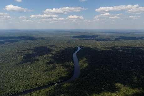 Vista aérea mostra o rio Apui no Estado do Amazonas  28/7/2017    REUTERS/Bruno Kelly