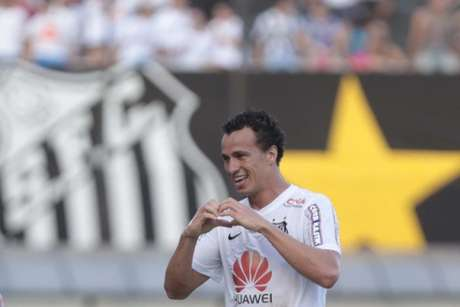 Leandro Damião foi a maior transação entre Doyen e Santos: empréstimo de R$ 42 milhões