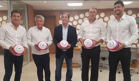 Careca (São Paulo), Clodoaldo (Santos), Caio Ribeiro, Evair (Palmeiras) e Fábio Luciano (Corinthians) participaram do sorteio do Paulistão 2018 na sede da Federação Paulista de Futebol.