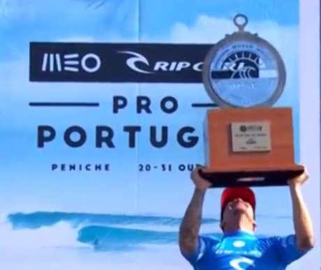 Gabriel Medina vence etapa de Portugal e assume vice-liderança do ranking mundial