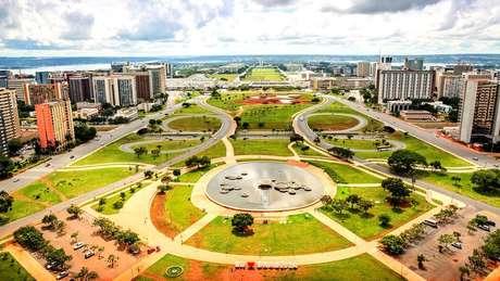 Em Brasília, governo federal tem 268 imóveis vagos e se prepara para alugar, por cerca de R$ 13 milhões anuais, prédio para Funasa, que tem sede própria na capital federal