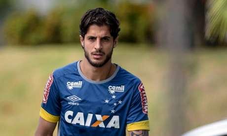 Hudson, volante do Cruzeiro, não joga mais em 2017