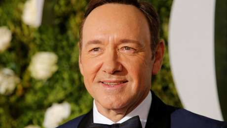 Kevin Spacey assume o que Hollywood sempre soube