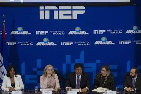 Brasília - A presidente do Inep, Maria Inês Fini e o Ministro da Educação, Mendonça Filho participam da apresentação dos dados consolidados e as orientações finais para a aplicação do Exame Nacional do Ensino Médio (Enem) 2017