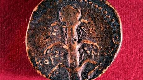 O silphium era tão importante para a economia de Cirene que foi imortalizada na moeda local