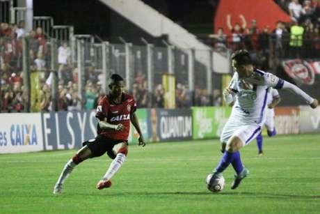 Xavante fez o placar na segunda etapa e segue na luta para se manter na Série B. (Divulgação/Brasil de Pelotas)