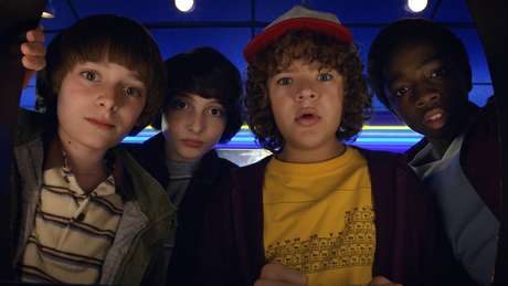 Jovens atores têm sido criticados por fãs do seriado