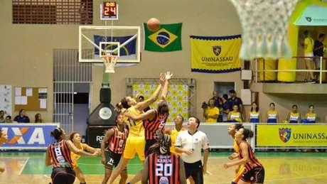 Uninassau ficou com o vice da última edição ao perder para o Corinthians/Americana (Foto: Divulgação)