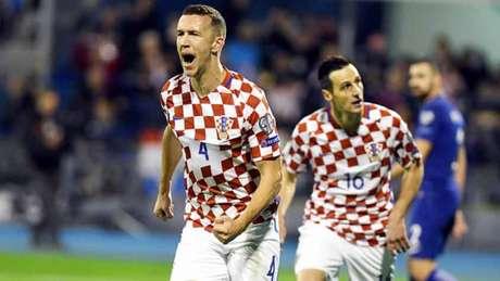 Rússia 2018: Croácia bate Grécia e acaricia Mundial, Suíça em vantagem