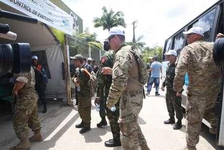 Militares de vários países acompanham a simulação de acolhida de refugiados no Brasil e elogiam a cooperação estimulada pelo AmazonLog 2017