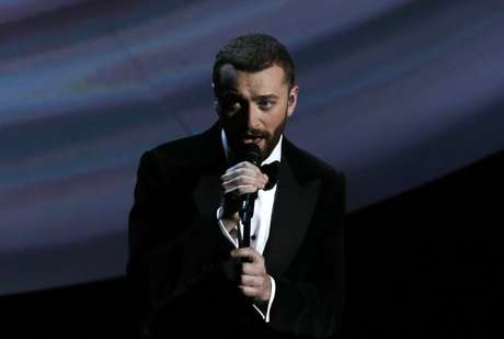 Sam Smith canta em cerimônia do Oscar  28/2/2016   REUTERS/Mario Anzuoni