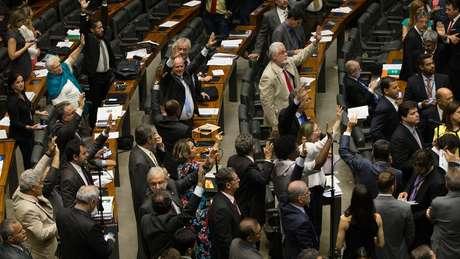 Reforma trabalhista tramitou por seis meses no Congresso e foi sancionada em julho | Crédito: Lula Marques/AGPT