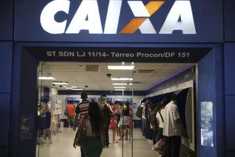 Caixa pagará valores que variam de R$ 79 a R$ 937, totalizando R$ 1,2 bilhão para 1.778.726 trabalhadores
