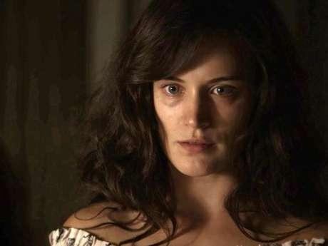 "Em ""O Outro Lado do Paraíso"", Clara (Bianca Bin) acha que Renato (Rafael Cardoso) tentou matá-la!"