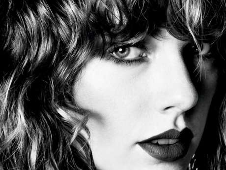 "Taylor Swift vende mais de 1 milhão de cópias com o álbum ""Reputation"""