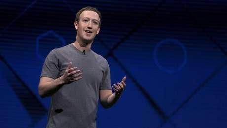 """Mark Zuckerberg afirmou ser """"improvável"""" que o Facebook tenha influenciado eleições americanas"""